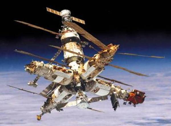 Роскосмос задумался о создании орбитальной станции.
